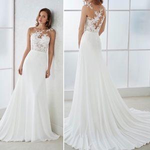 Pronovias Figura Wedding Dress